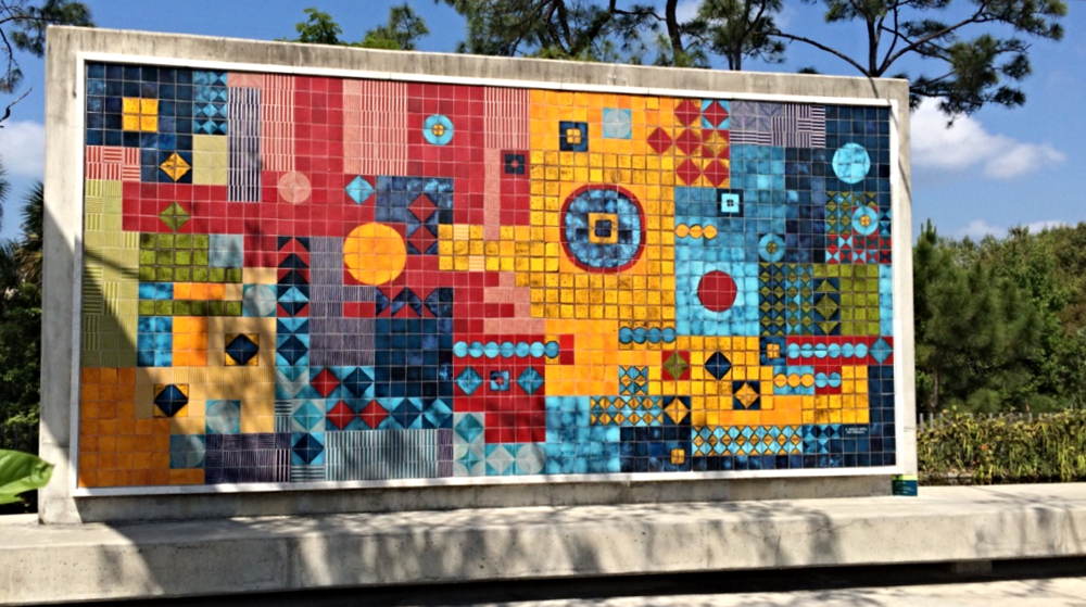 An amazing mural by Roberto Burle Marx reflects the colors in the rest of the garden.