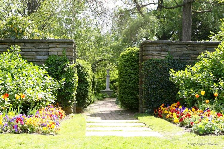 Invitation to a garden — the good garden