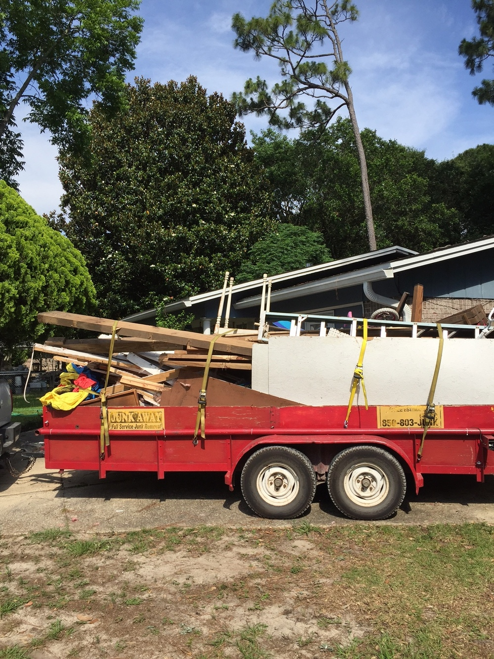 More than TWO TONS worth of an unused shed hauled away yesterday!