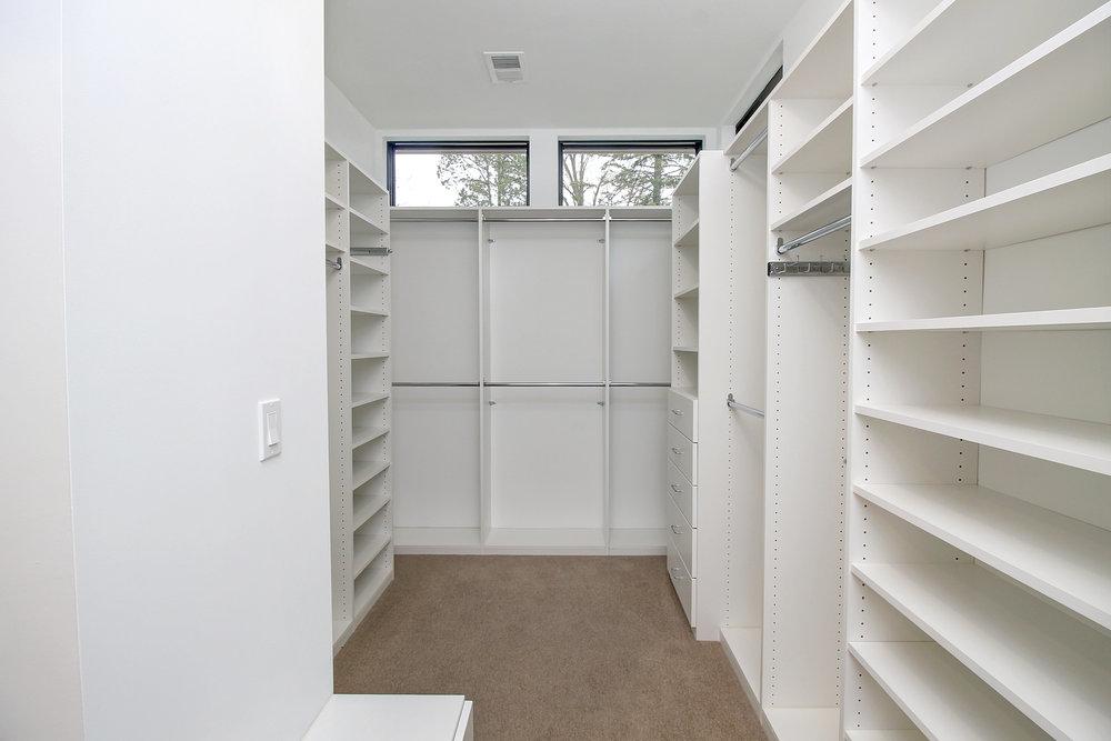 master closet1.jpg