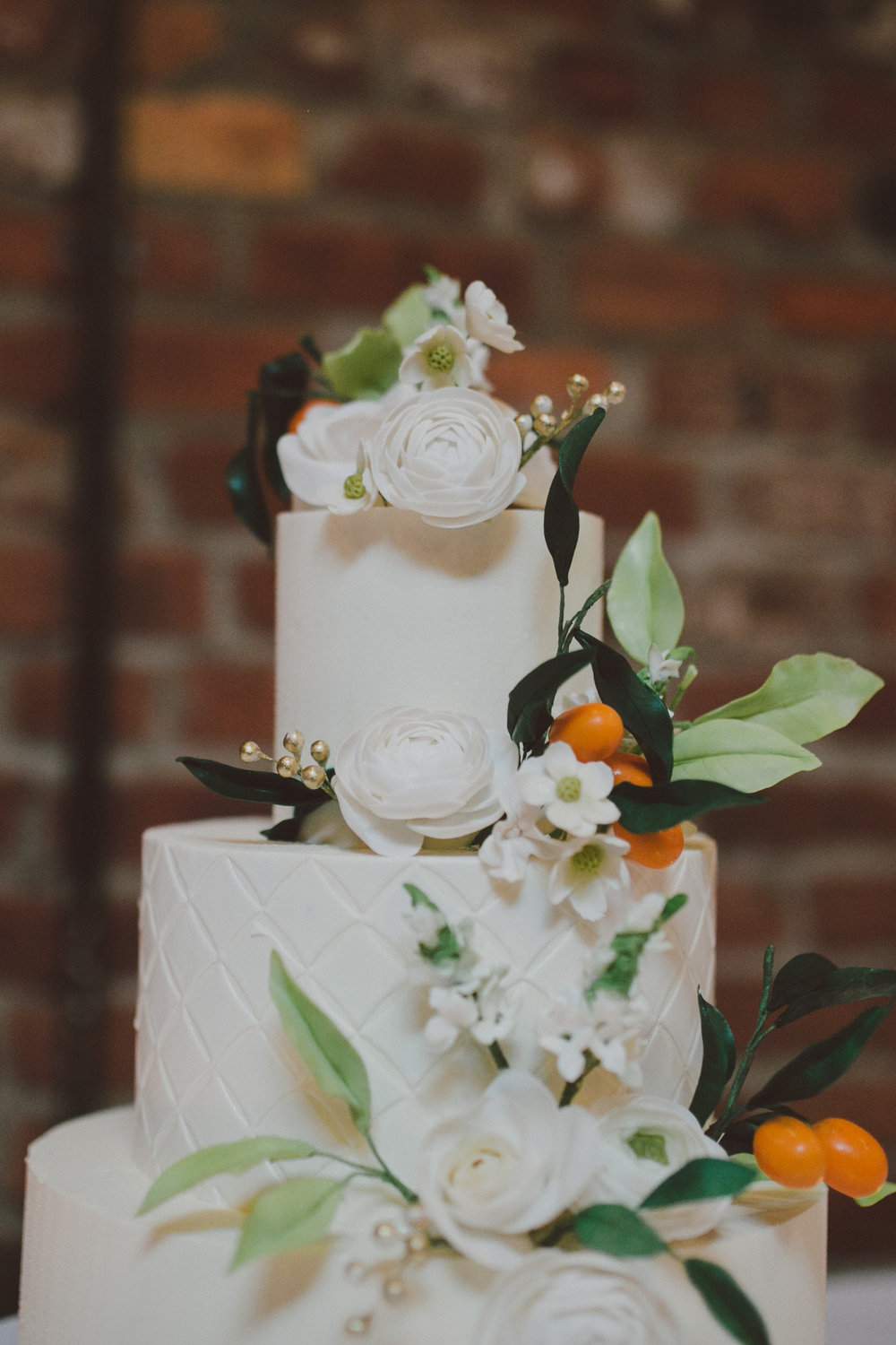 Cake by  NINE CAKES        Photo by   LOVE + WOLVES CO