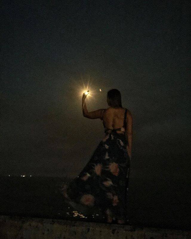 Full moon July 🌕 : Thunder Moon on the ocean. Sending ripples of light to all of us water babies. 💙🌊💙
