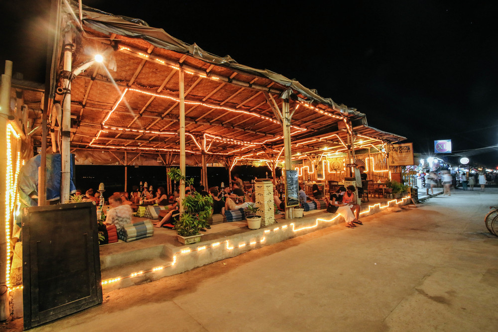 pesona resort has the best sheesha on the island. relax wiht a cocktail or two after your meal