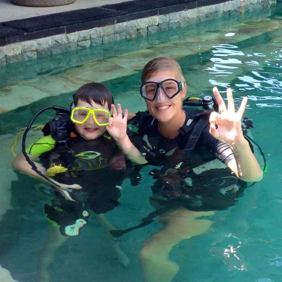 laura.diving.padi.instructor.indonesia
