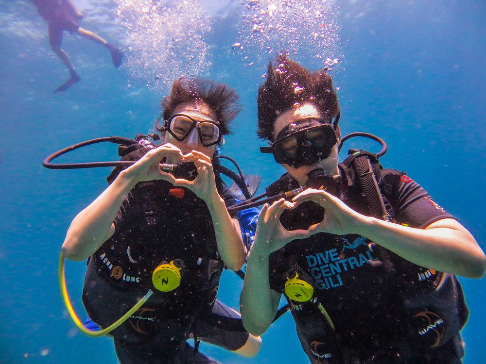 scuba.diver.indonesia.gili.divecentral