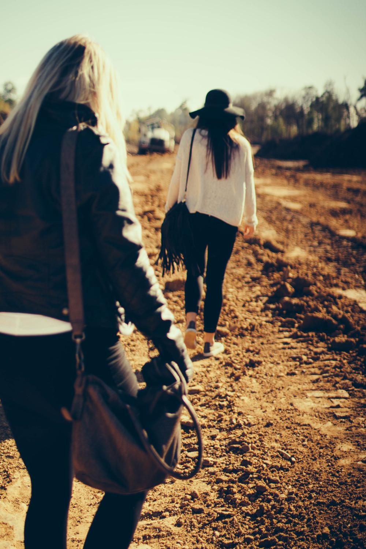 sophie and yona  -  © Madeleine Bonin-7787.jpg
