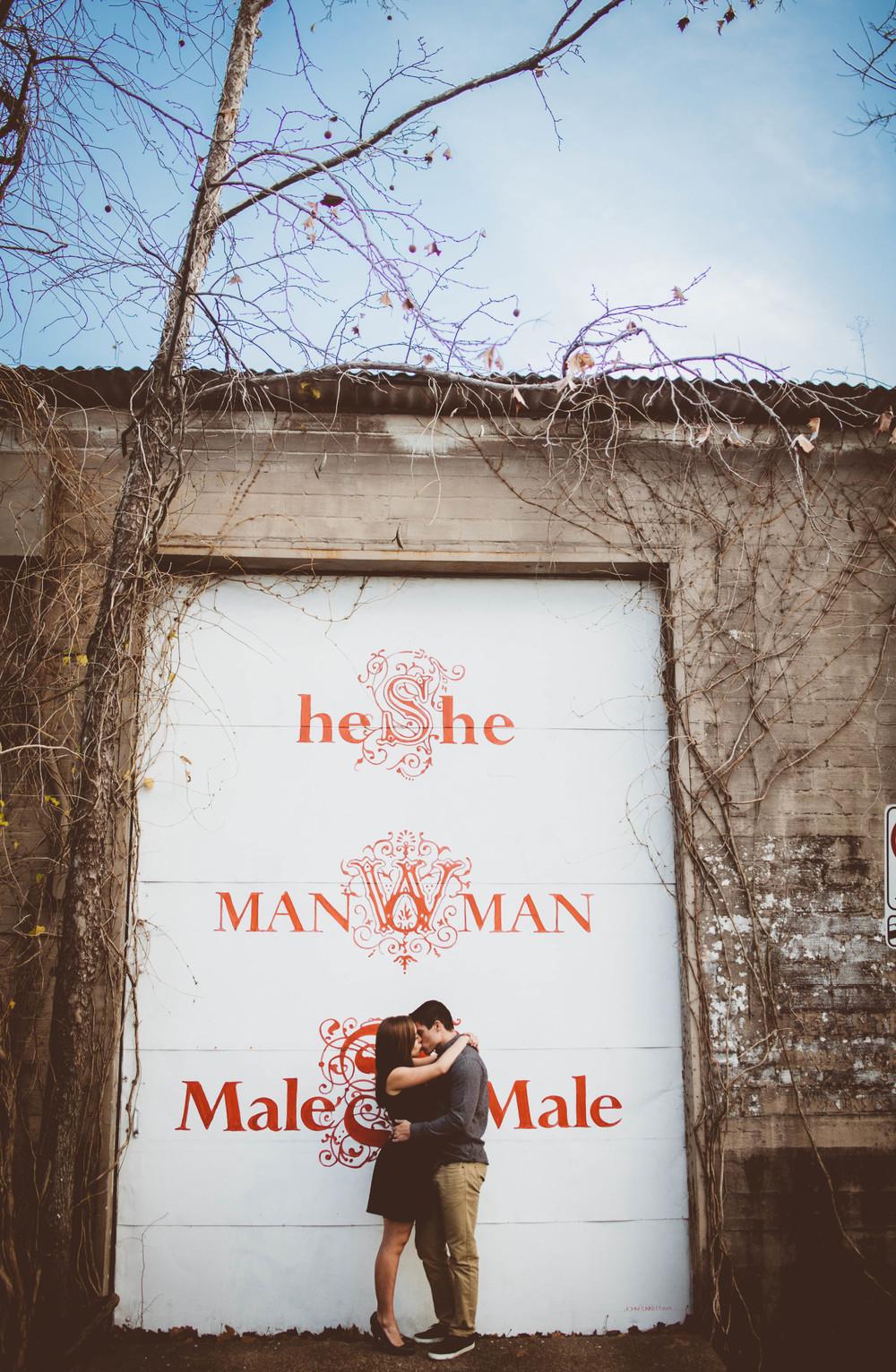 chase loves hannah  -  © Madeleine Bonin-8317.jpg