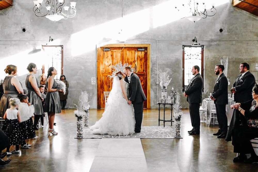 Winter Wedding at Olde Dobbin Station - Madeleine Frost Wedding Photographer-0228.jpg