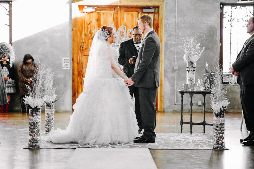 Winter Wedding at Olde Dobbin Station - Madeleine Frost Wedding Photographer-0223.jpg