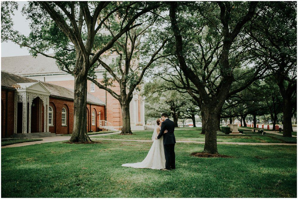Madeleine Frost - Houston Texas Adventure Wedding Photographer - First Presbyterian Church-1143.jpg