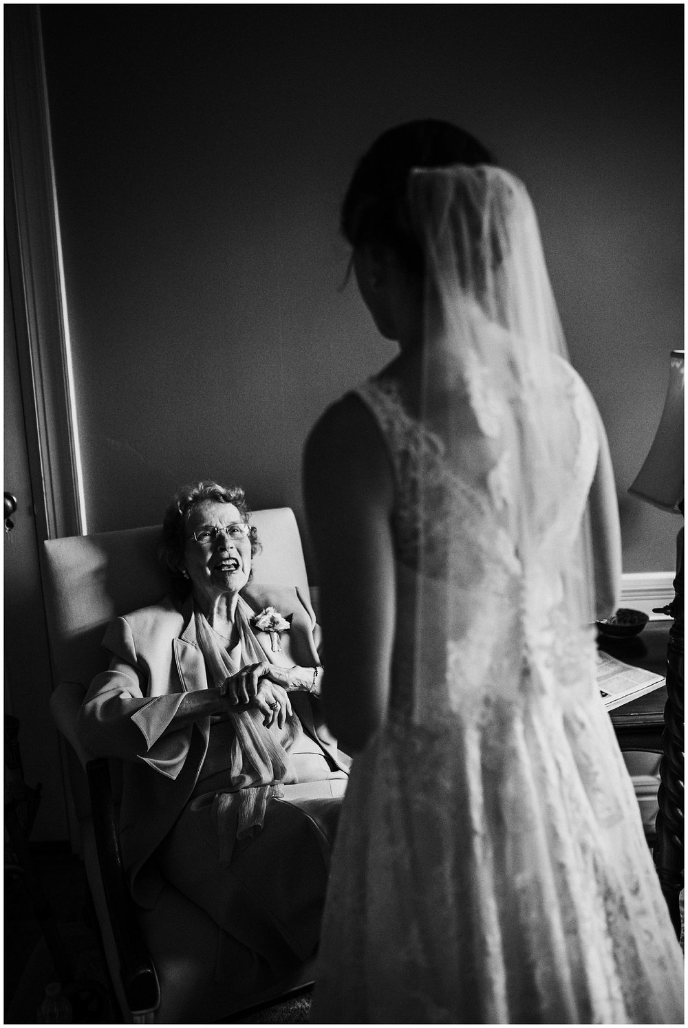 Madeleine Frost - Houston Texas Adventure Wedding Photographer - First Presbyterian Church-1229.jpg