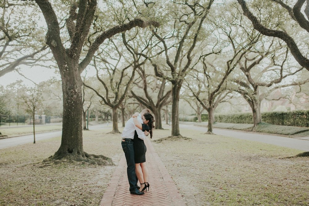 Ashley_and_Kyle___South_BLVD_Houston_Engagement_Session_1131.jpg