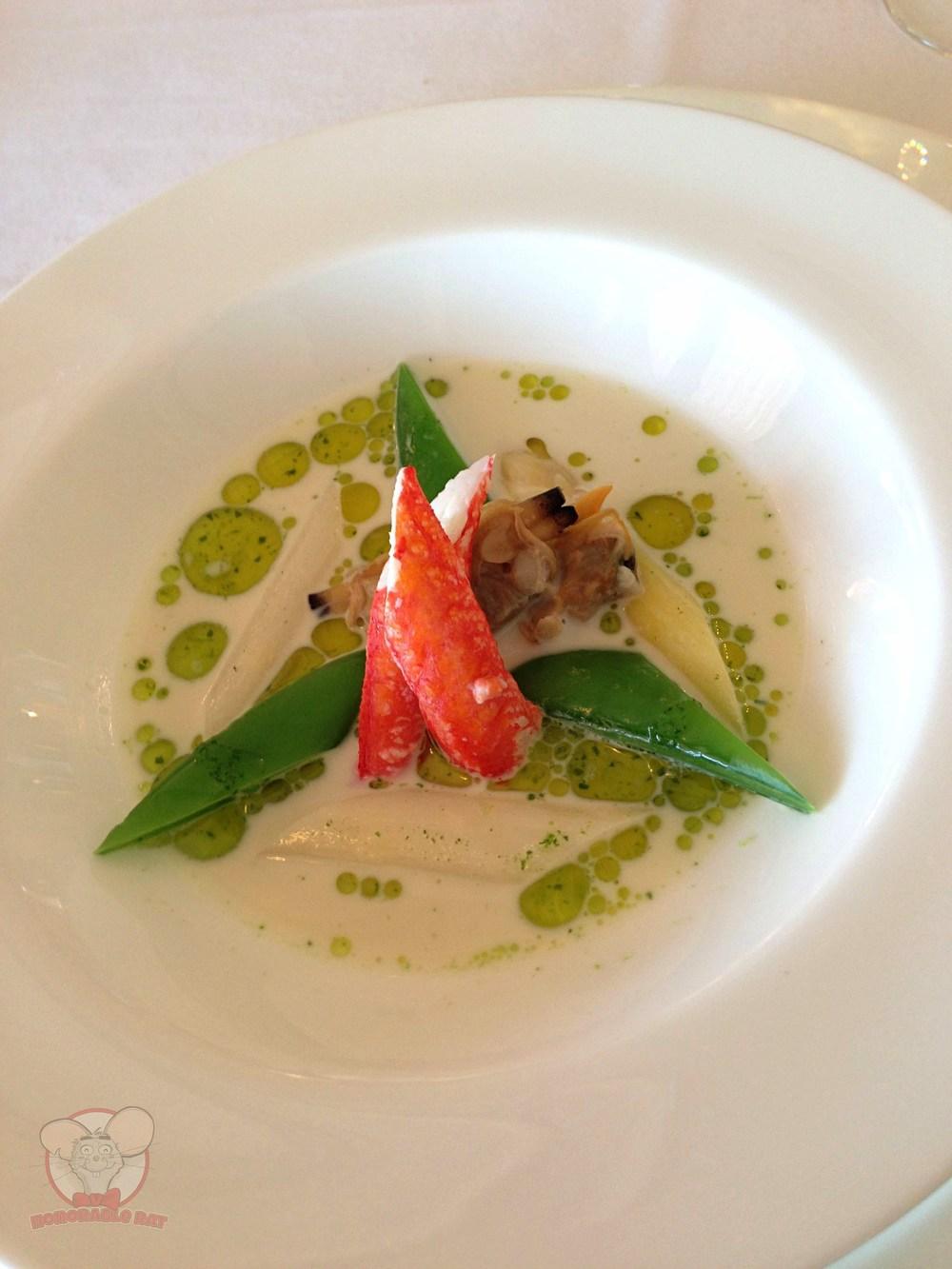 Soup of asparagus