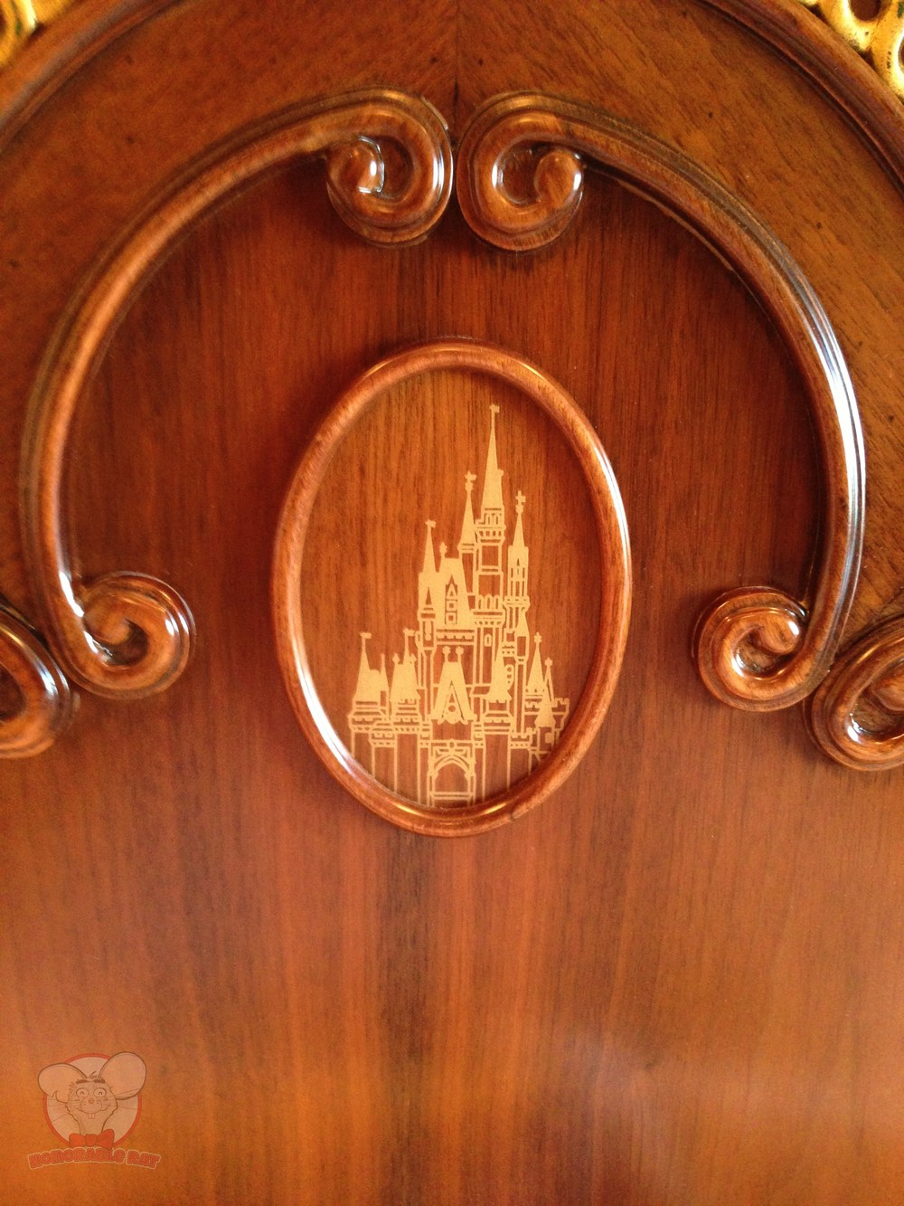 Castle on the bed's headboard