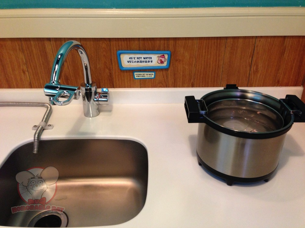 Sink and hot water.