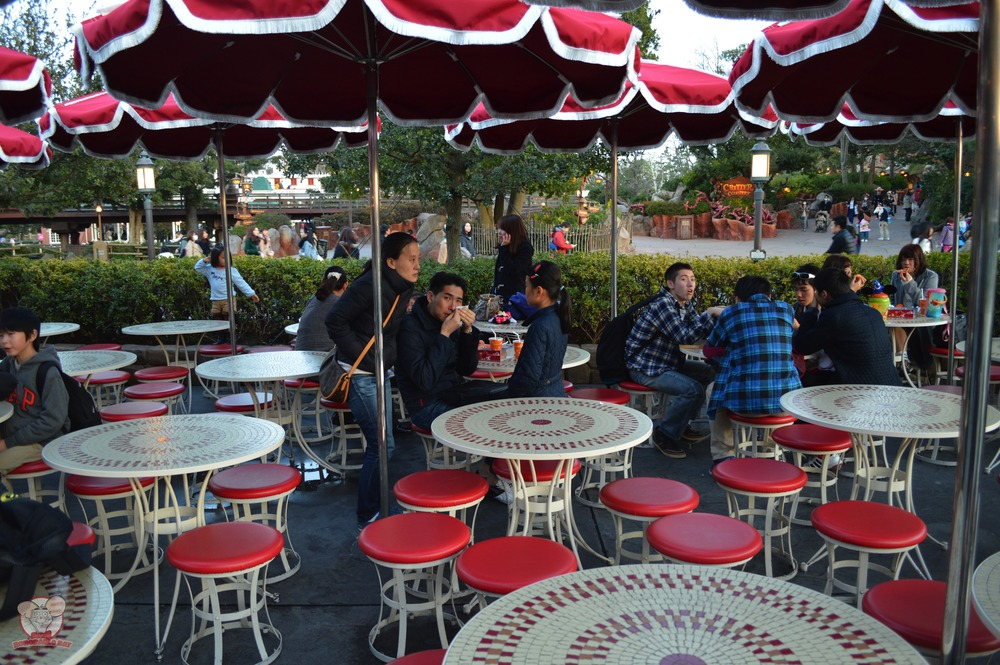 Captain Hook's Galley outdoor seating arrangement