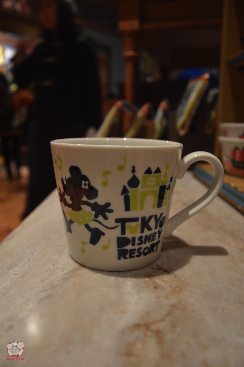 Tokyo Disney Resort Green Mug (Front): 1,100 yen