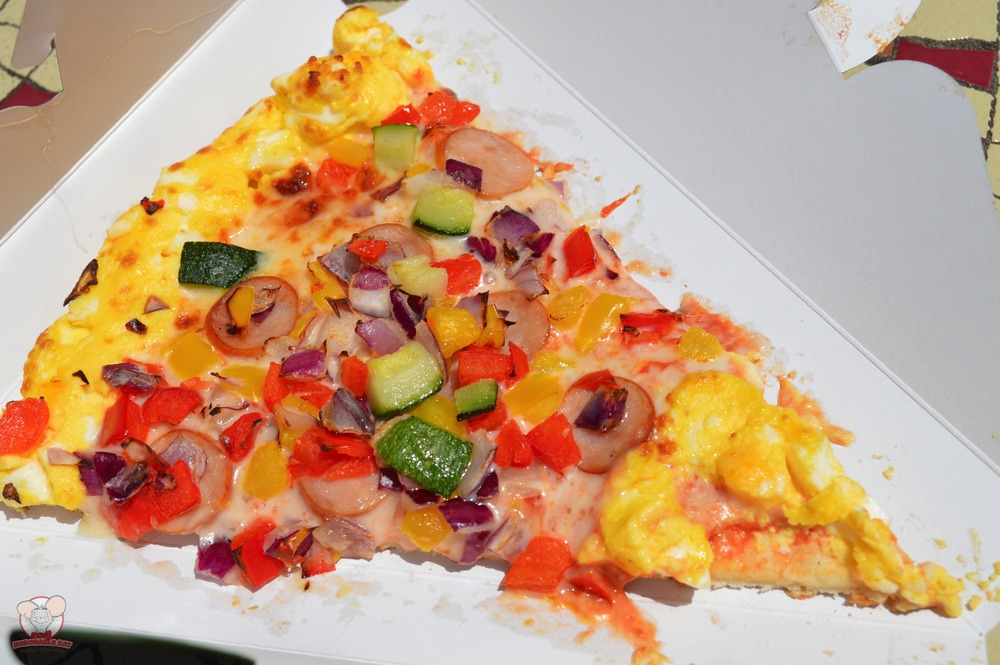 Sausage, Vegetable and Egg Pizza