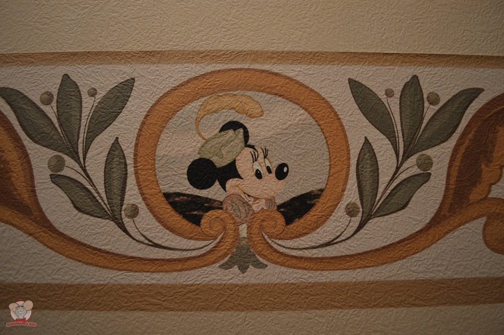 Minnie Mural (Bedding Area)