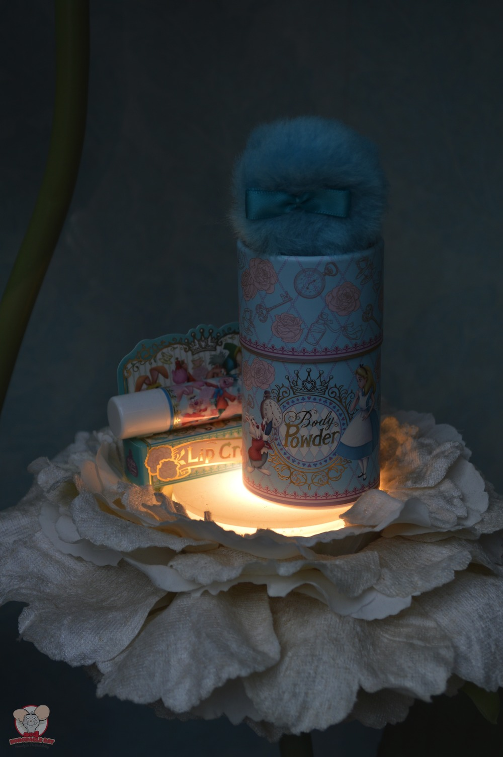Alice in Wonderland Body Powder