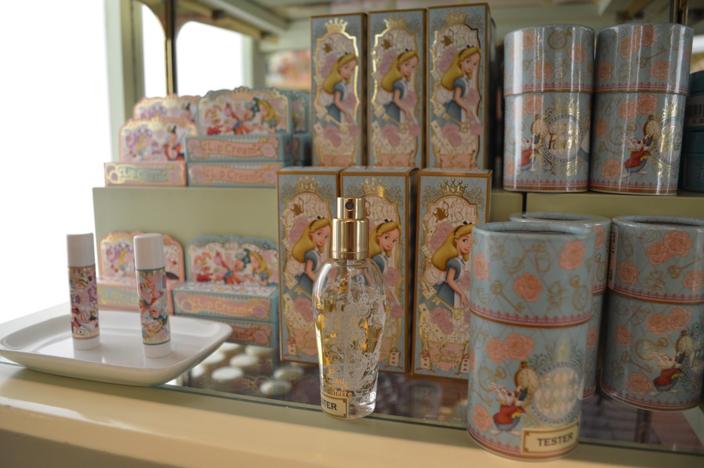 Alice in Wonderland Perfume for 2,160 yen