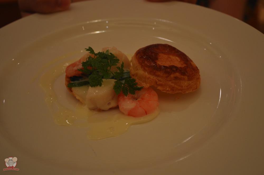 Kid's seafood plate
