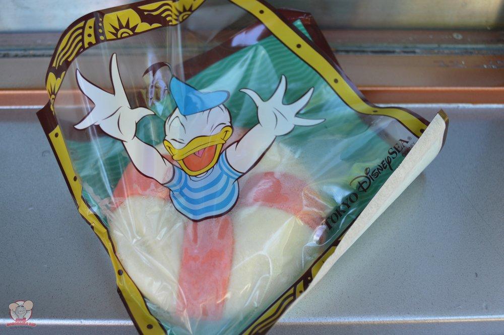 Cute Donald Ukiwah Bun (Shrimp) packaging