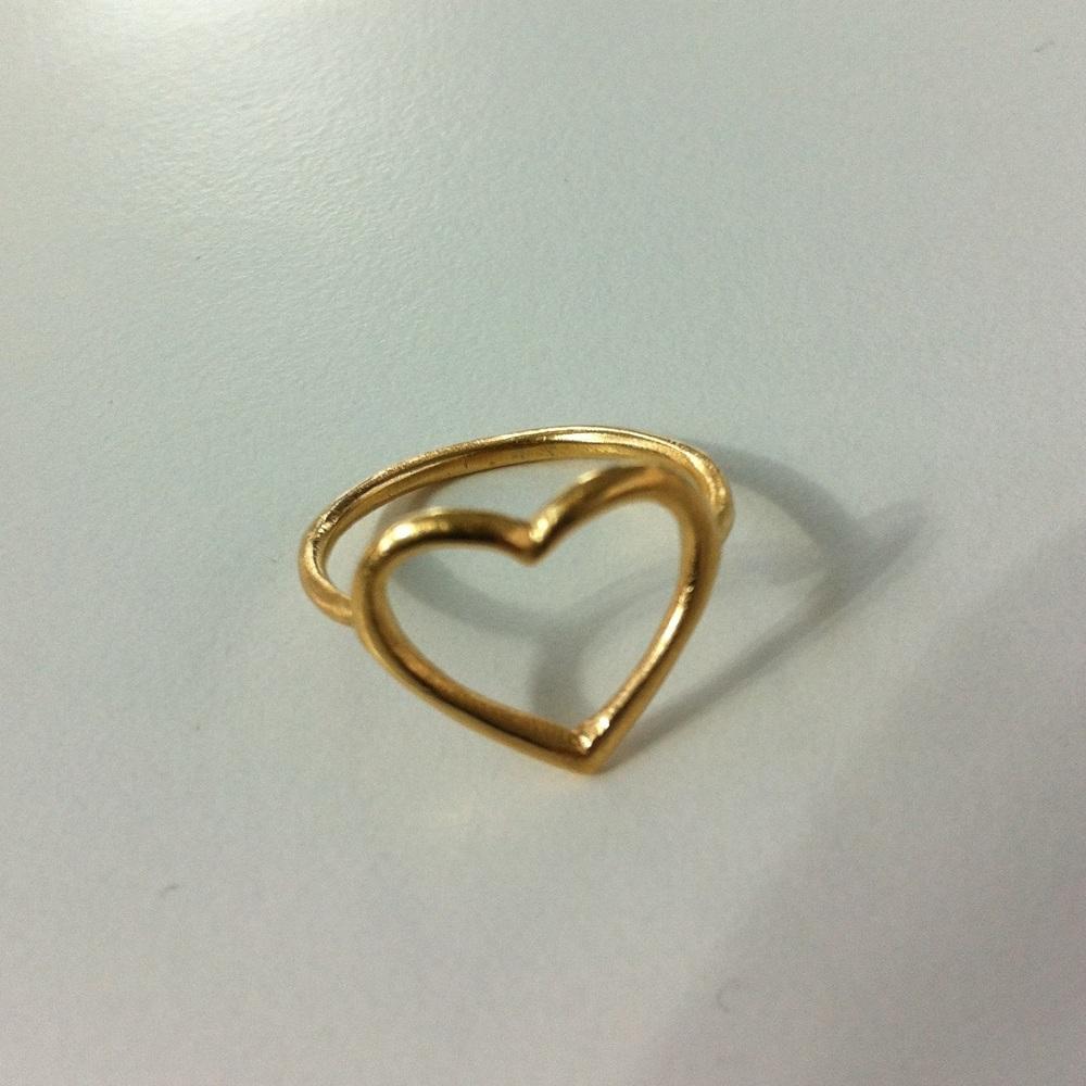 8 carat gold Heart ring