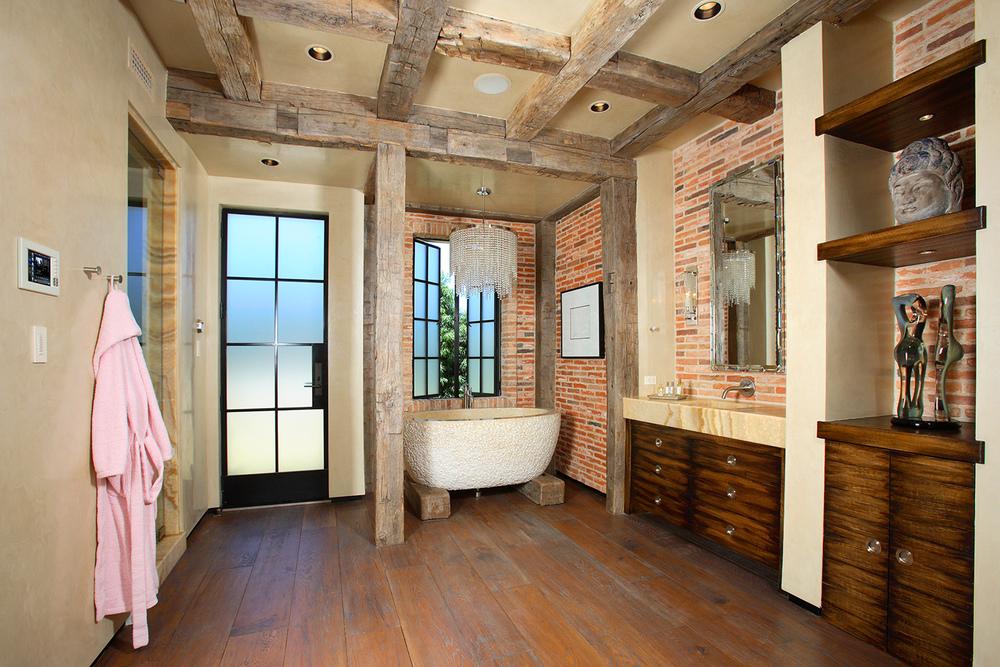 ENS-21-Bathroom2.jpg