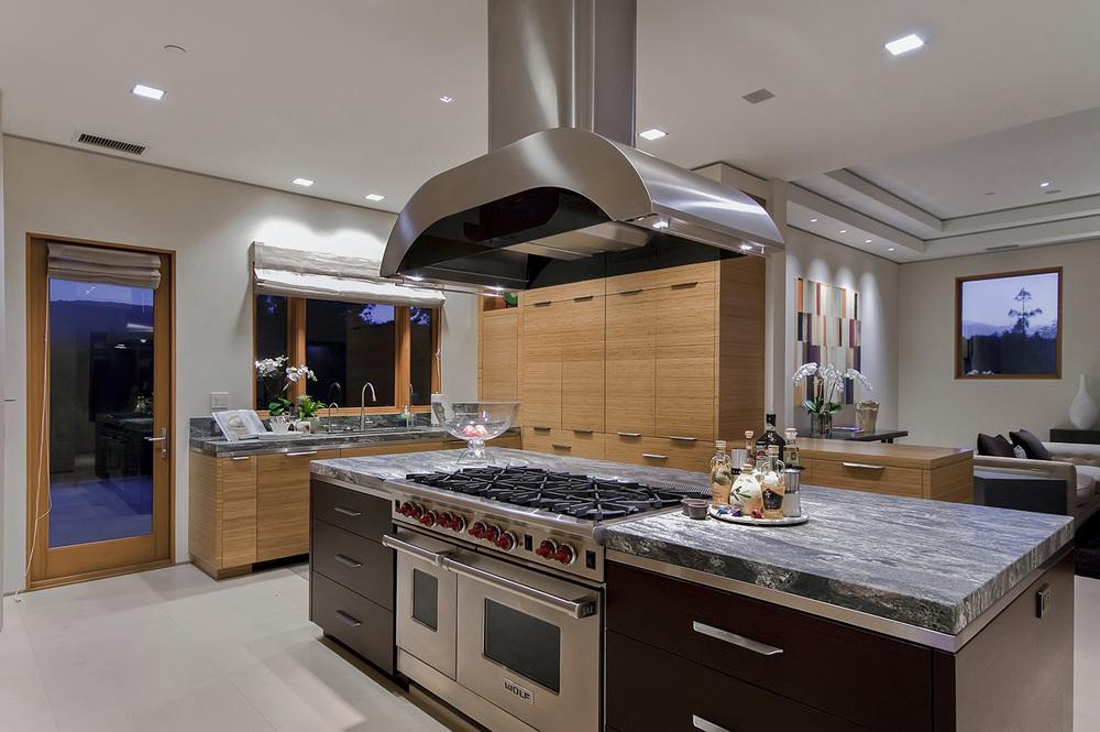 DUR-10-Kitchen.jpg