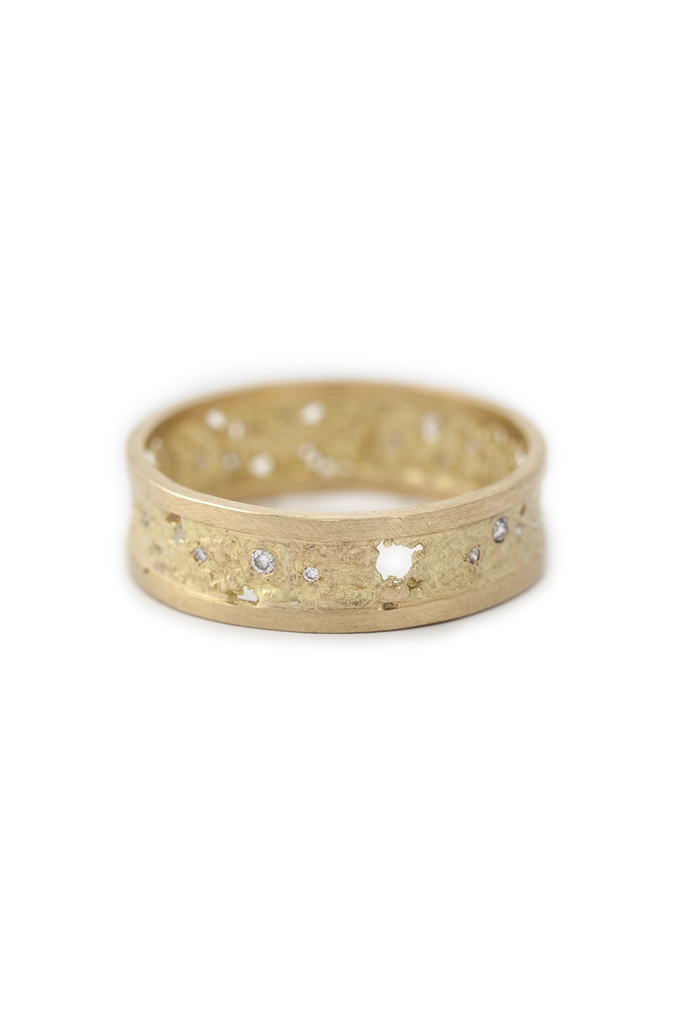 Raw Ring in yellow gold with 12 white diamonds, £1860