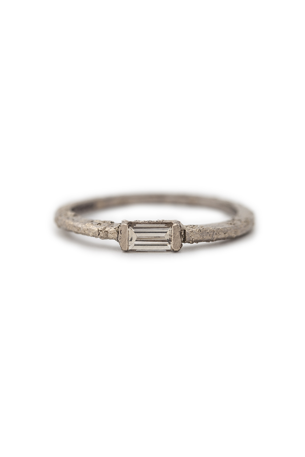 Baguette brilliant cut diamond in white gold