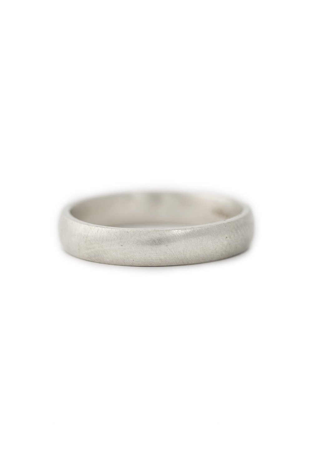 9ct White gold wide band with curve edge