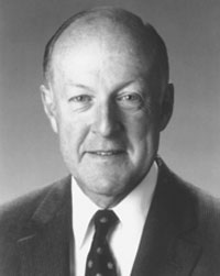 Richard L. Thomas Kenyon College Retired Chairman First Chicago NBD Corporation