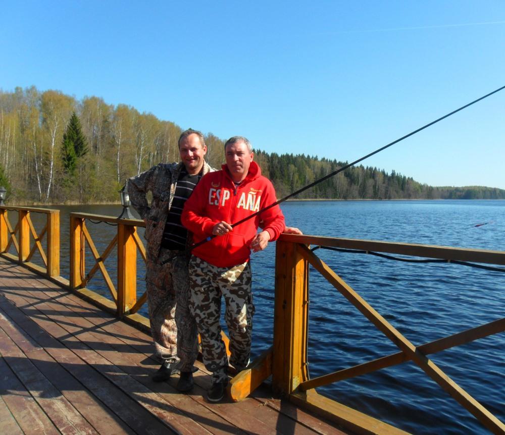 рыбак в красном.jpg