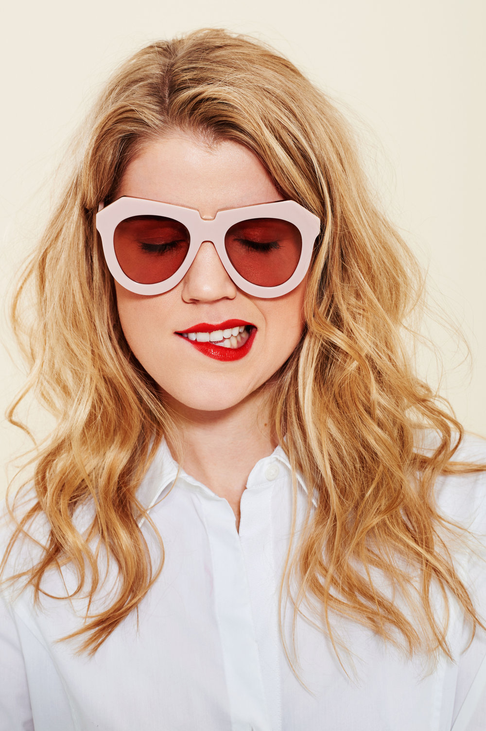 sunglasses-lipsticks-05.w4500.h6760.jpg