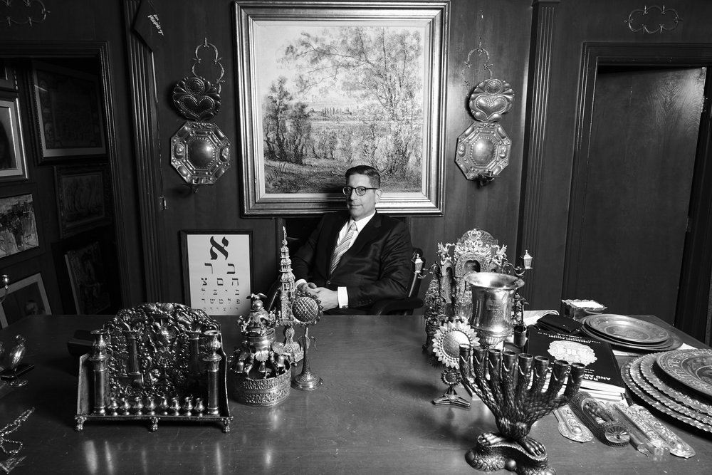 JONATHAN GREENSTEIN, THE PREEMINENT DEALER OF FINE ANTIQUE JUDAICA