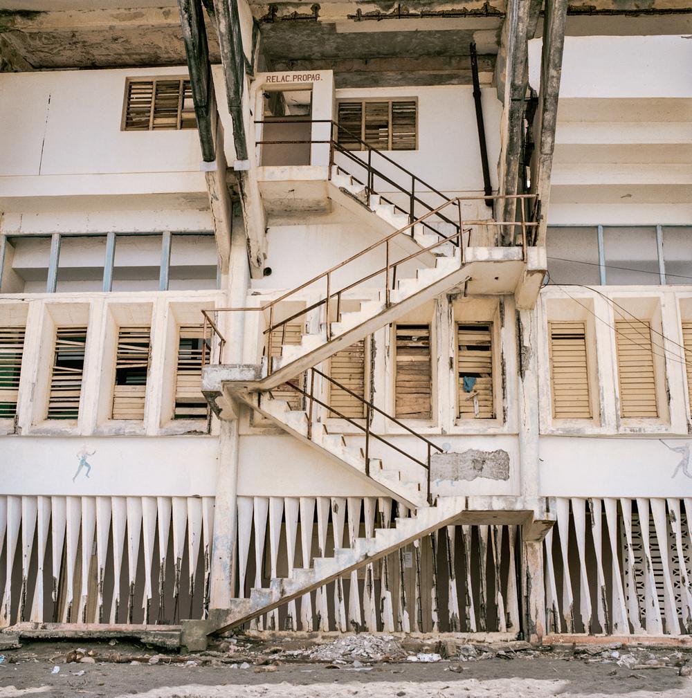 006 baseball diamond staircase.jpg