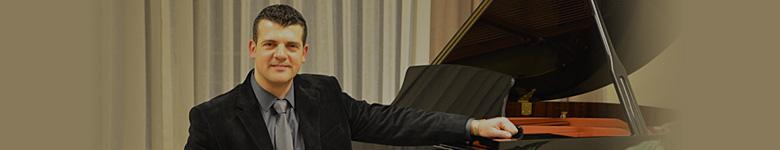 Tolga Aksoy (Ses Mühendisi - Piyano Eğitmeni)