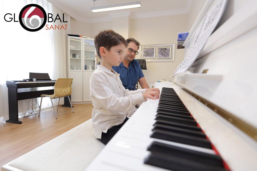 Piyano Dersi 7.jpg