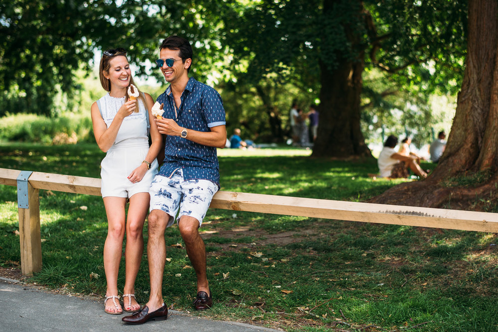 summery-richmond-park-engagement-shoot-20.jpg