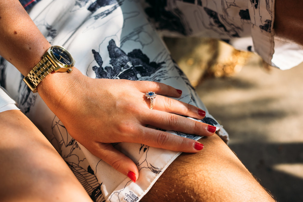 summery-richmond-park-engagement-shoot-41.jpg