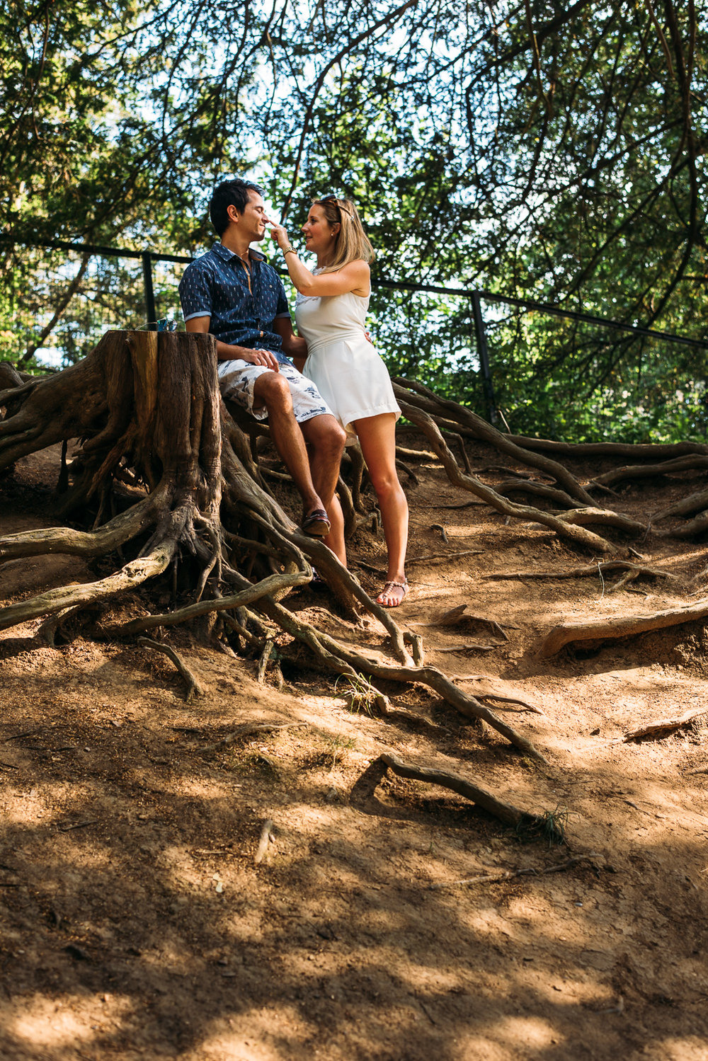 summery-richmond-park-engagement-shoot-53.jpg