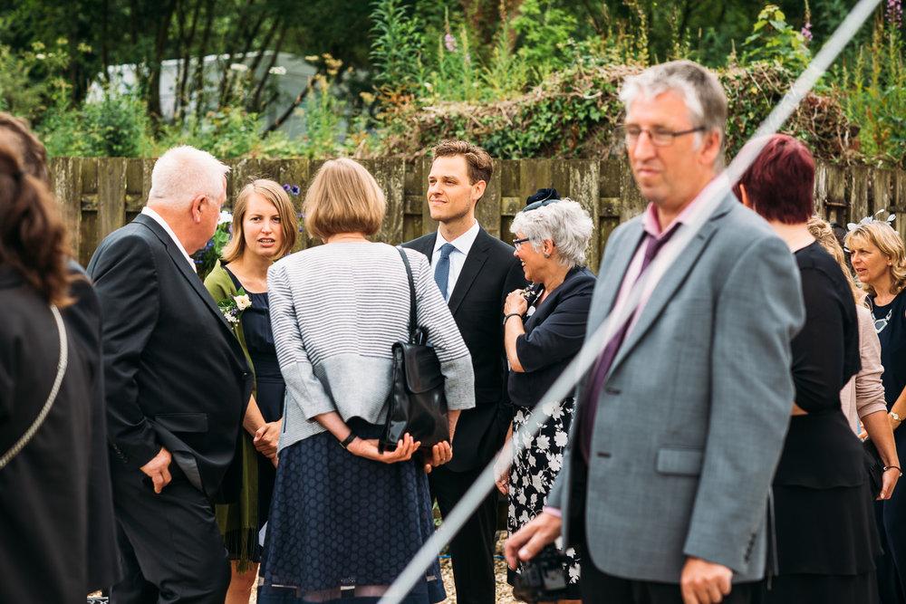 back-garden-wedding-12.jpg