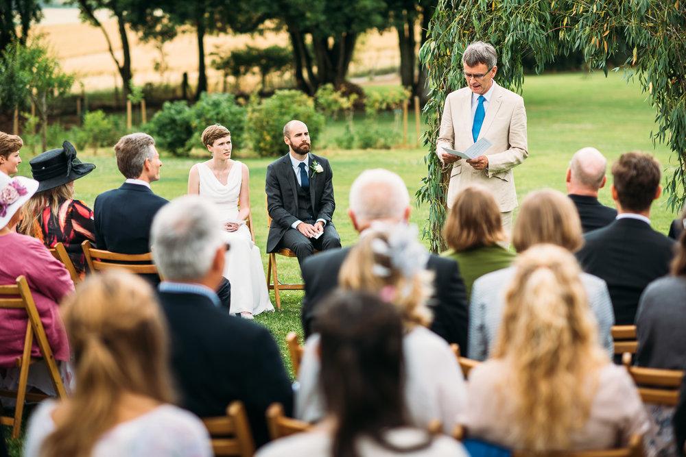 back-garden-wedding-26.jpg