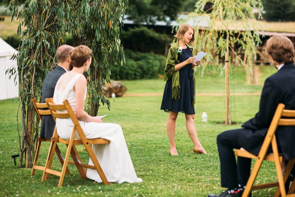 back-garden-wedding-27.jpg