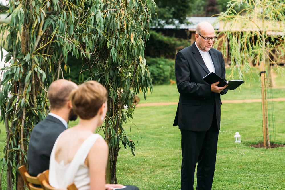 back-garden-wedding-31.jpg