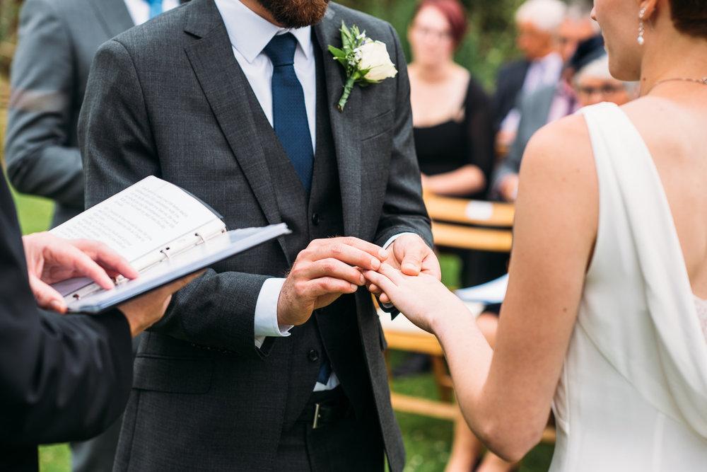 back-garden-wedding-35.jpg