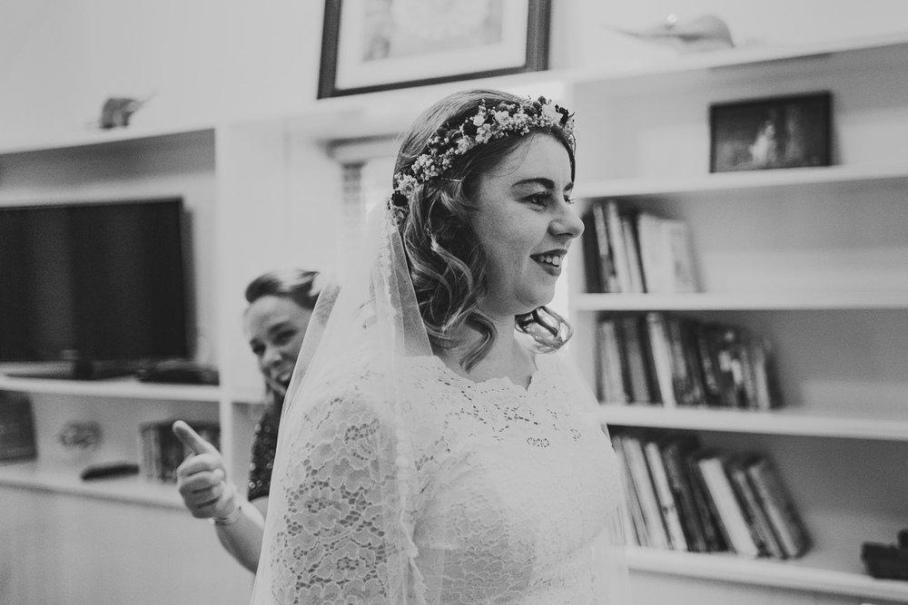 cotswolds-fun-wedding-14.jpg