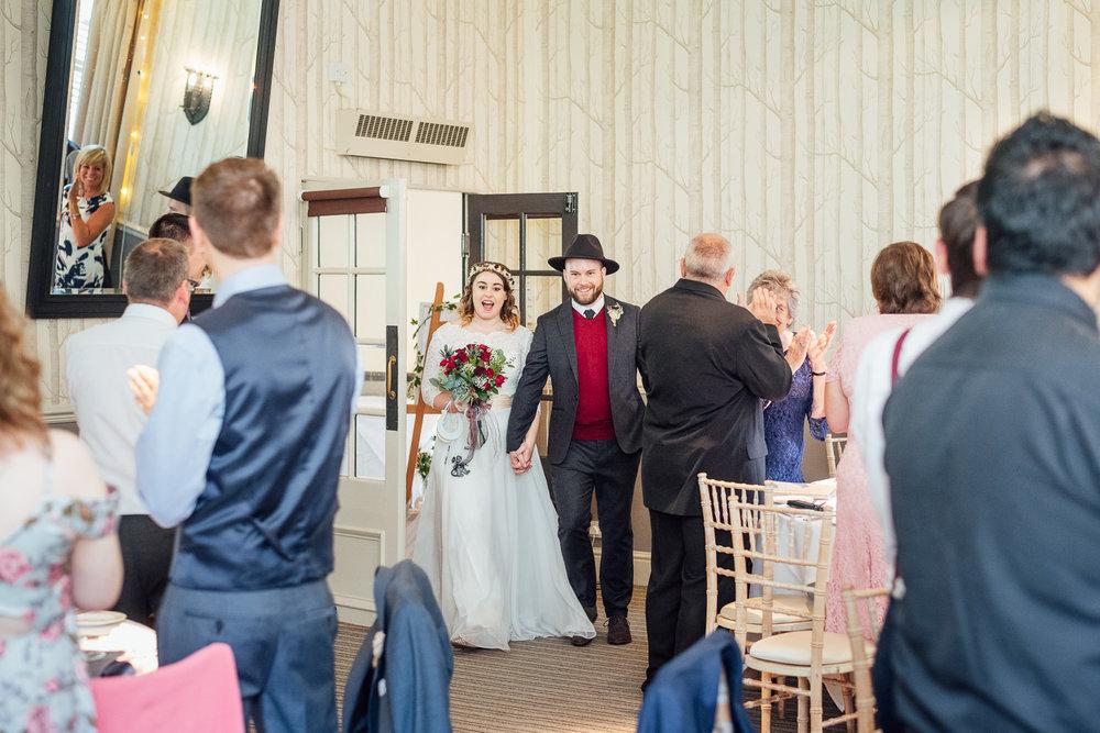 cotswolds-fun-wedding-34.jpg